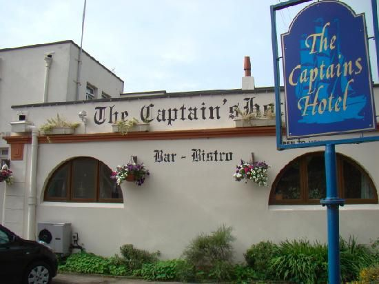 Captains Hotel