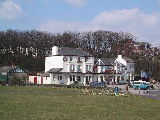 Ferry Hotel