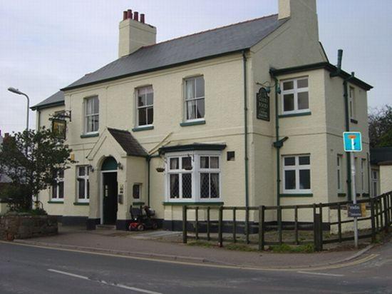 Holly Tree Inn