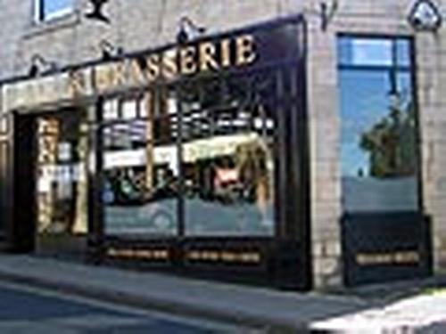 Town Street Tavern