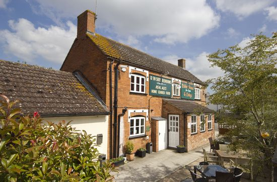 Tudor Arms & Lodge